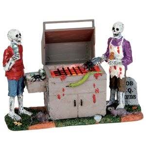 Lemax Gory Grillin'